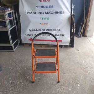 www.vuyanitrans.co.za/product/2step-folding-ladder