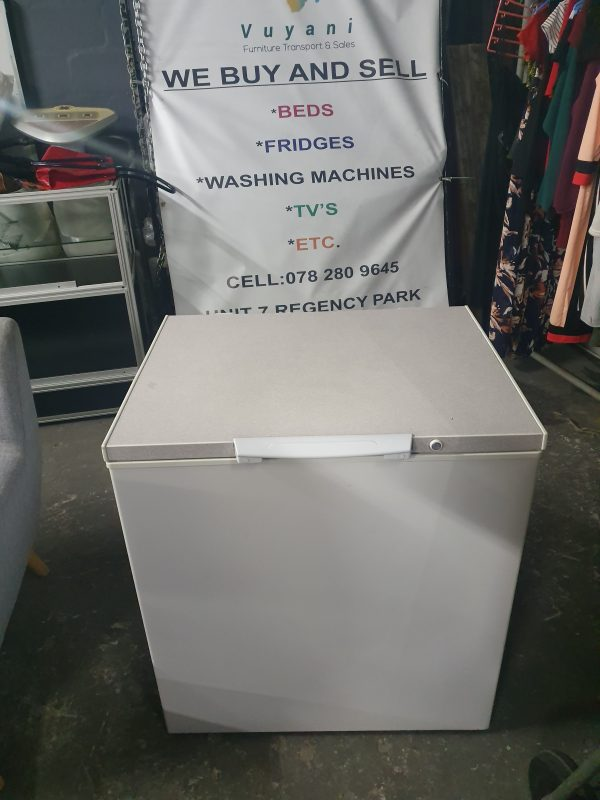 www.vuyanitrans.co.za/product/kic-210l-chest-freezer