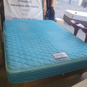 www.vuyanitrans.co.za/product/royalist-queen-mattress