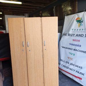 www.vuyanitrans.co.za/products/3-door-wardrobe