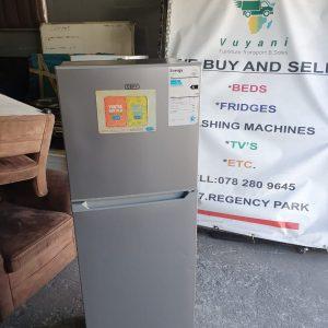 www.vuyanitrans.co.z/products/defy-silver-metallic-fridge