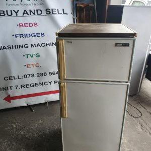 www.vuyanitrans.co.za/product/KIC-white-fridge-freezer