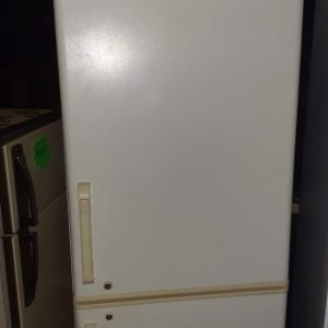 www.vuyanitrans.co.za/products-fridgemaster-fridge-freezer