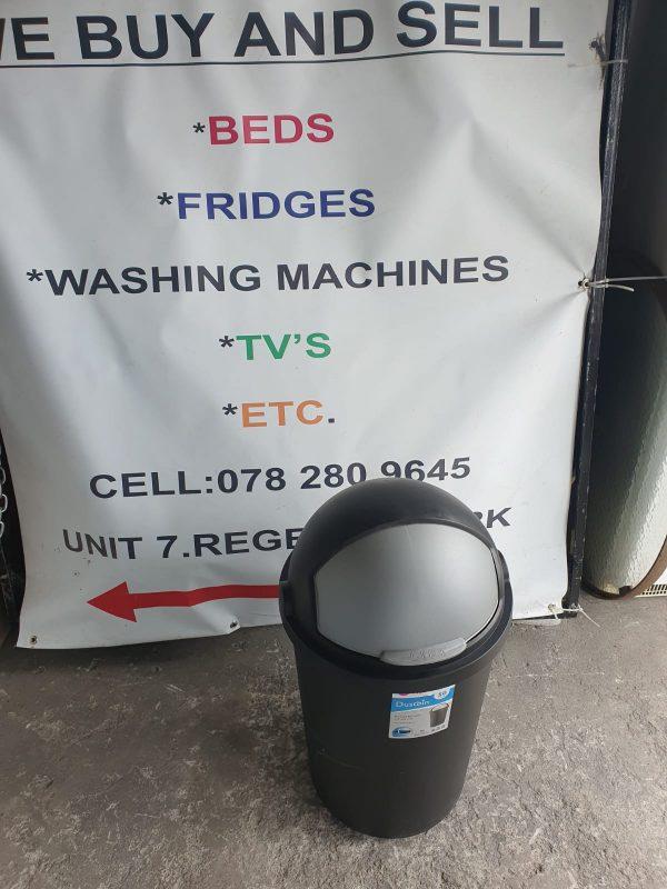 www.vuyanitrans.co.za/product/miss-molly-50l-dustbin
