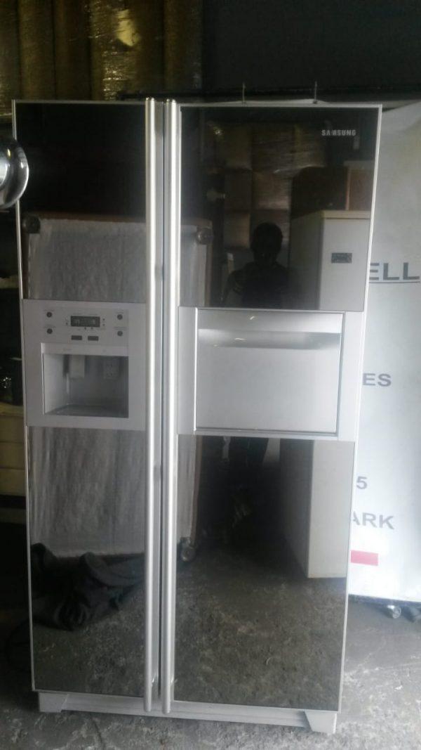 www.vuyanitrans.co.za/products/Samsung-Mirror-side-by-side-fridge-freezer