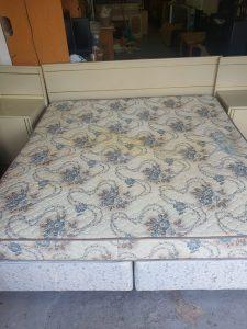 www.vuyanitrans.co.za/products/sealy-king-size-mattress