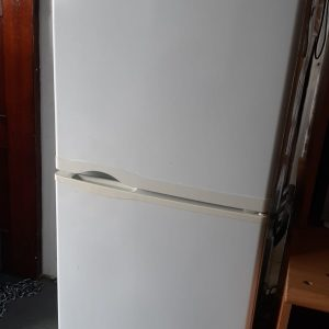 www.vuyanitrans.co.za/products/white-kic-fridge-freezer