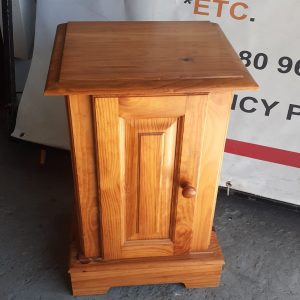www.vuyanitrans.co.za/product/Solid-wood-pedestal