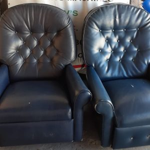 www.vuyanitrans.co.za/products/black-leather-recliner-armchairs