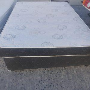 www.vuyanitrans.co.za/product/Double-mattress-&-base