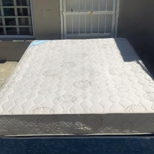 www.vuyanitrans.co.za/products/Double-base-mattress-set
