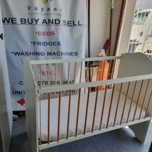 www.vuyanitrans.co.za/product/white-wooden-baby-cot