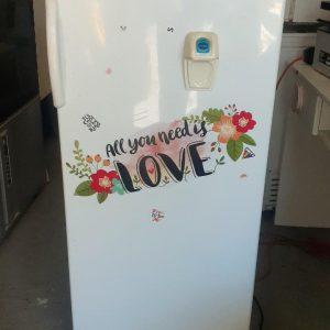 www.vuyanitrans.co.za/product/White-Bauer-fridge-freezer