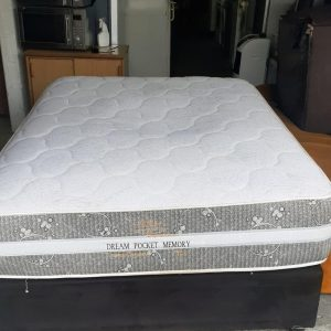 www.vuyanitrans.co.za/product/Durapedic double-base-and-mattress